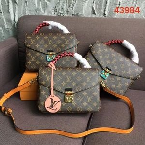 $300 Lv bag metis favorite speedy